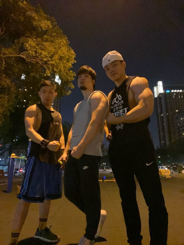 勤美公園街頭健身訓練!